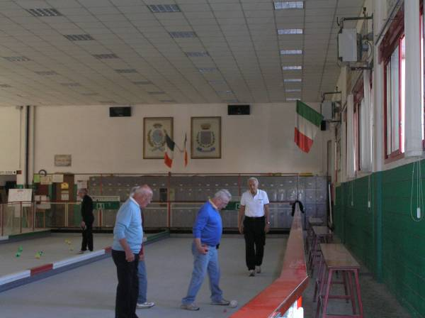 i vincitori Brunetti Mombelli in primo piano, con la maglia bianca il 2° classificato Boglietti
